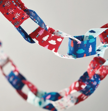 Festive Fabric Chains