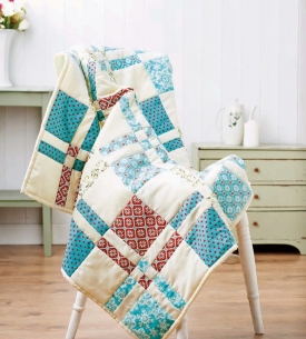 Sew a Disappearing Four Patch Block Quilt