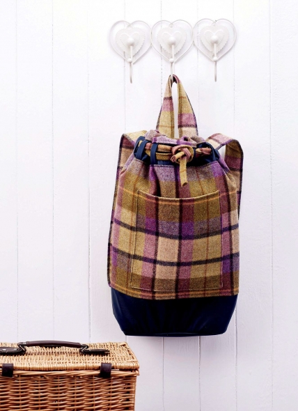 No Pattern Heritage Duffle Bag