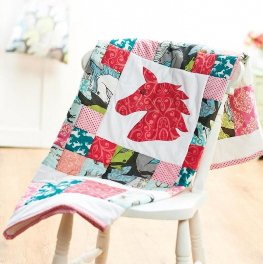 Pony-inspired quilt and toy bag