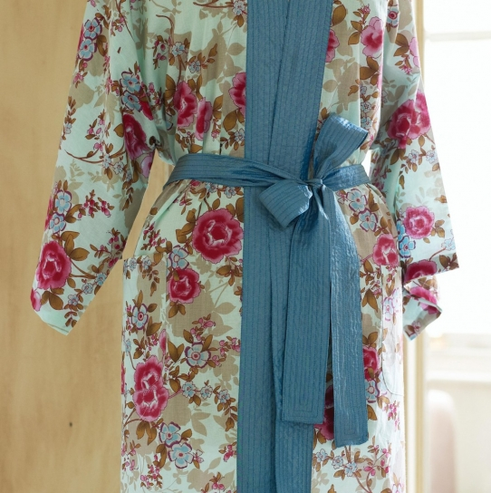 Floral Oriental Kimono Robe - Free sewing patterns - Sew Magazine
