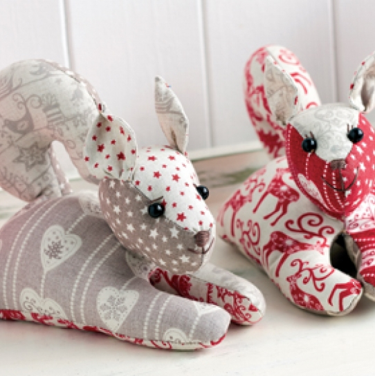 Mr & Mrs Squirrel - Free sewing patterns - Sew Magazine