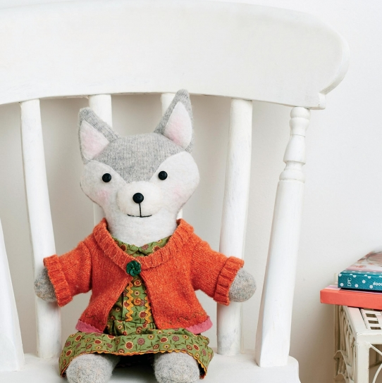 Upcycled Toy Fox - Free sewing patterns - Sew Magazine