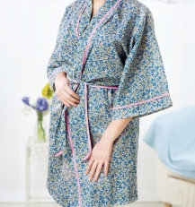 No-pattern dressing gown