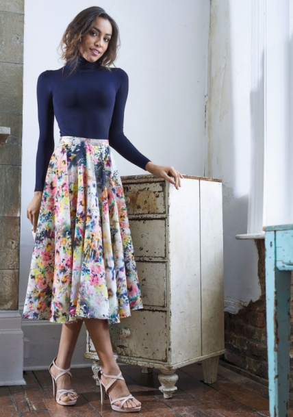 No-Pattern Midi Skirt