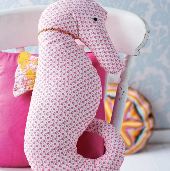 Seahorse Cushion and Hanging Decoration - Free sewing patterns - Sew ...
