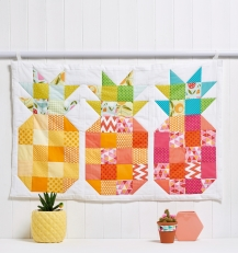 Pineapple block wall hanging