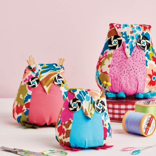 Aly Owl Pincushion - Free sewing patterns - Sew Magazine