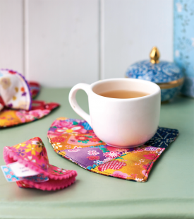 Make Carolyn Letten's oriental cookies and coasters