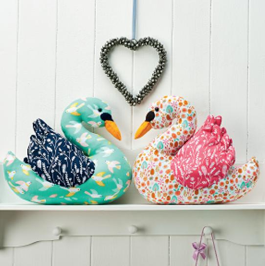 Love Bird Swans Free Sewing Patterns Sew Magazine