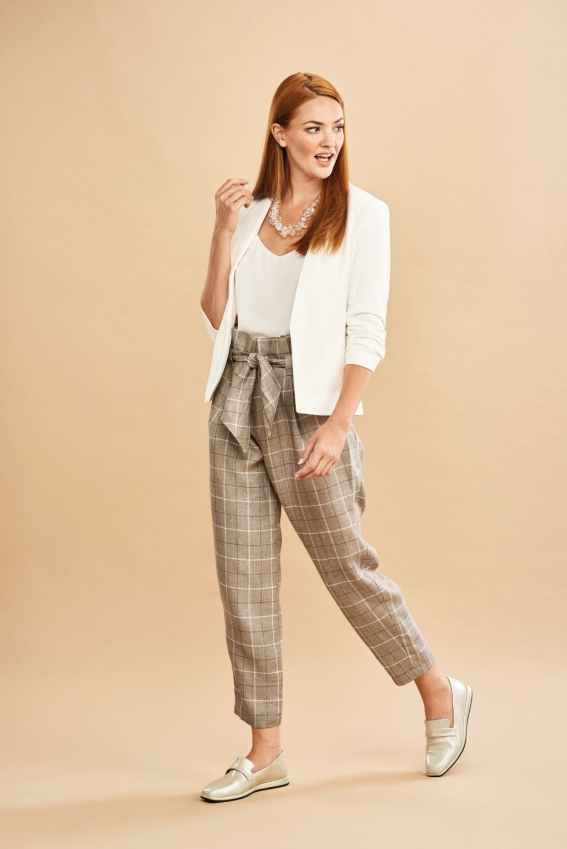 Amelia Trousers - Sew 114 September 18