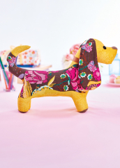 Sew 139 August 20 Flora the Basset Hound