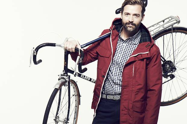 http://www.standard.co.uk/fashion/from-bike-to-boardroom-how-to-dress-for-your-morning-commute-9118523.html