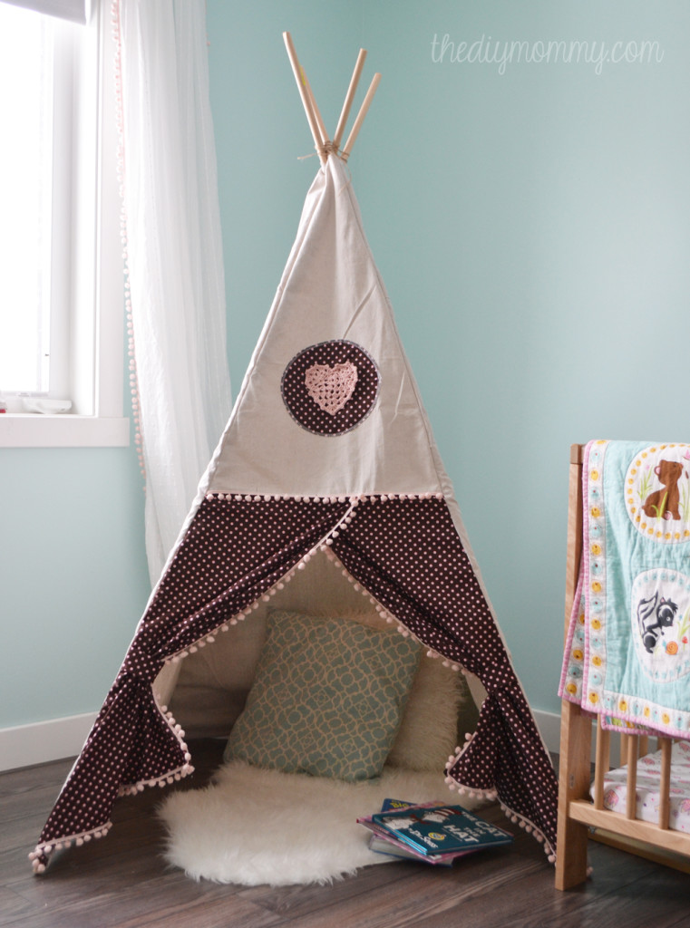 DIY sewing tipi play tent