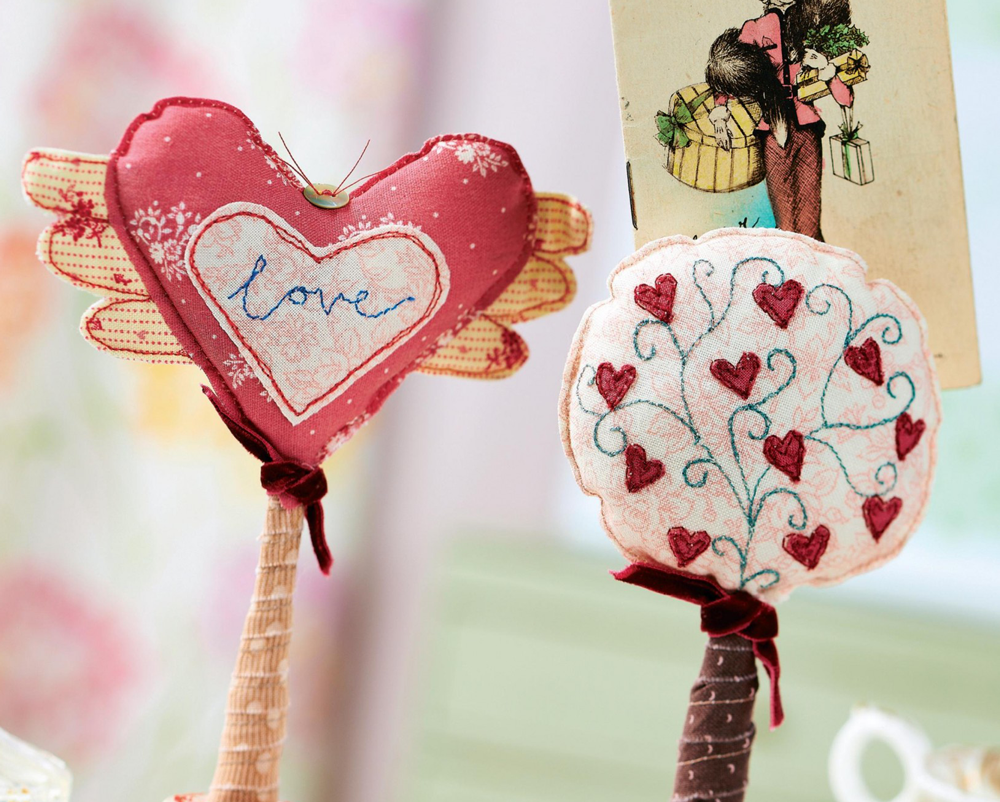 Vintage Heart Shaped Photo Holders