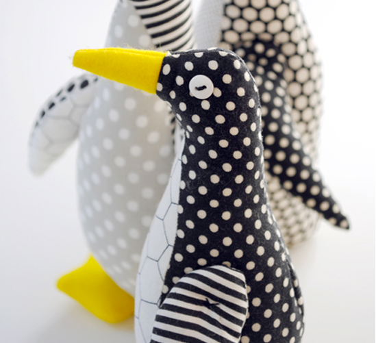 See toy Penguins