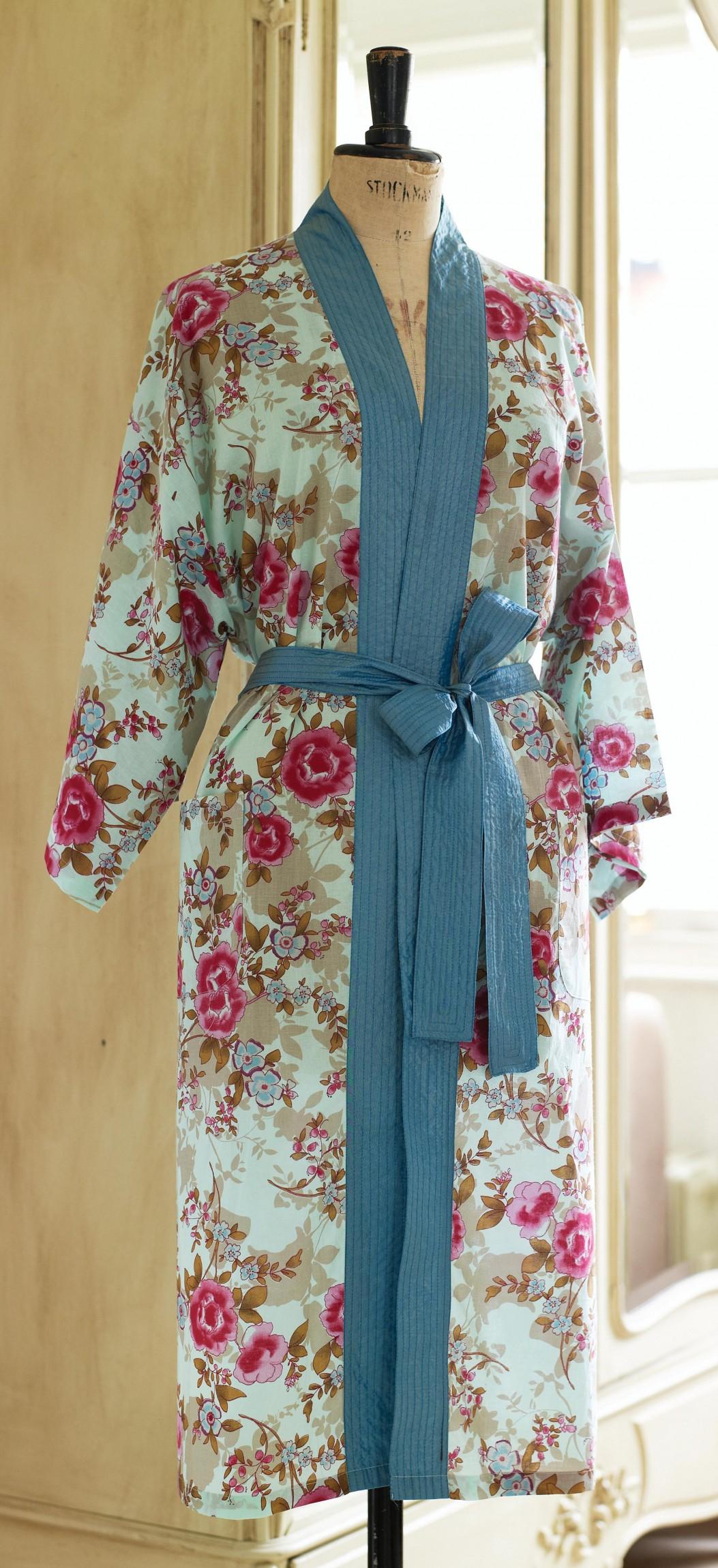 Floral Oriental Kimono Robe - Free sewing patterns - Sew ...
