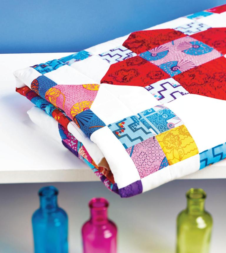 Quatrefoil Quilt Free Sewing Patterns Sew Magazine