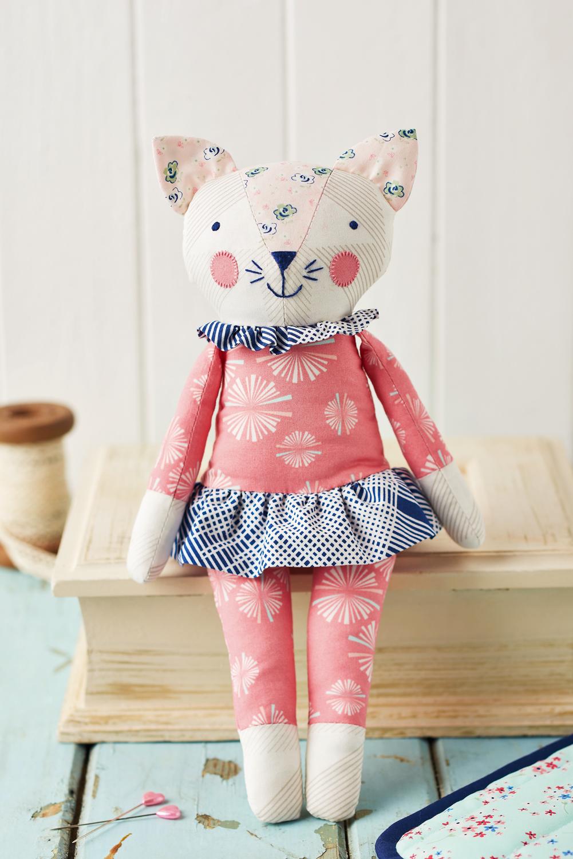 Sleepy kitty free sewing patterns sew magazine - Cat clothing patterns free ...