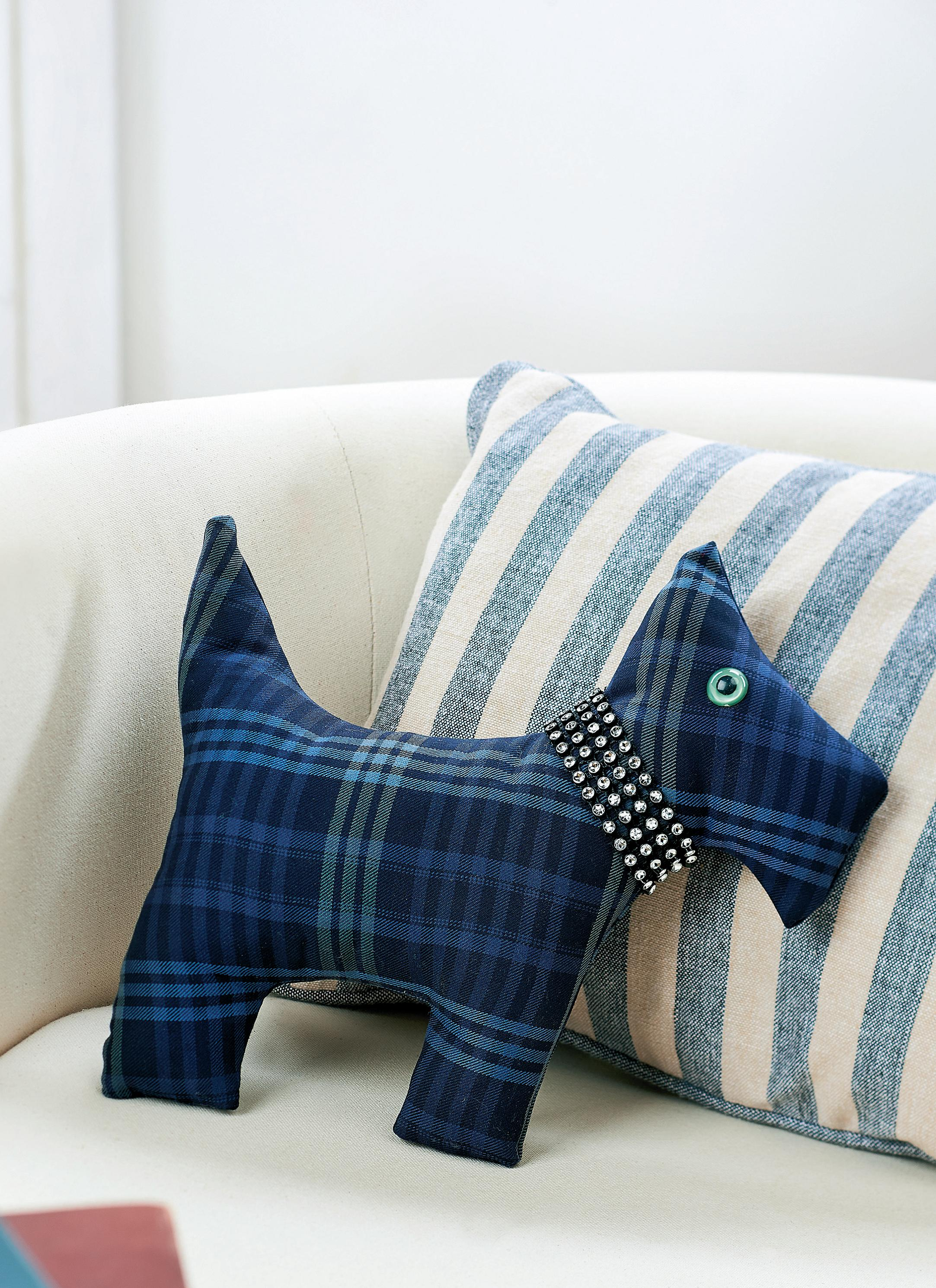 Traditional Tartan Scottie Dog Free Sewing Patterns