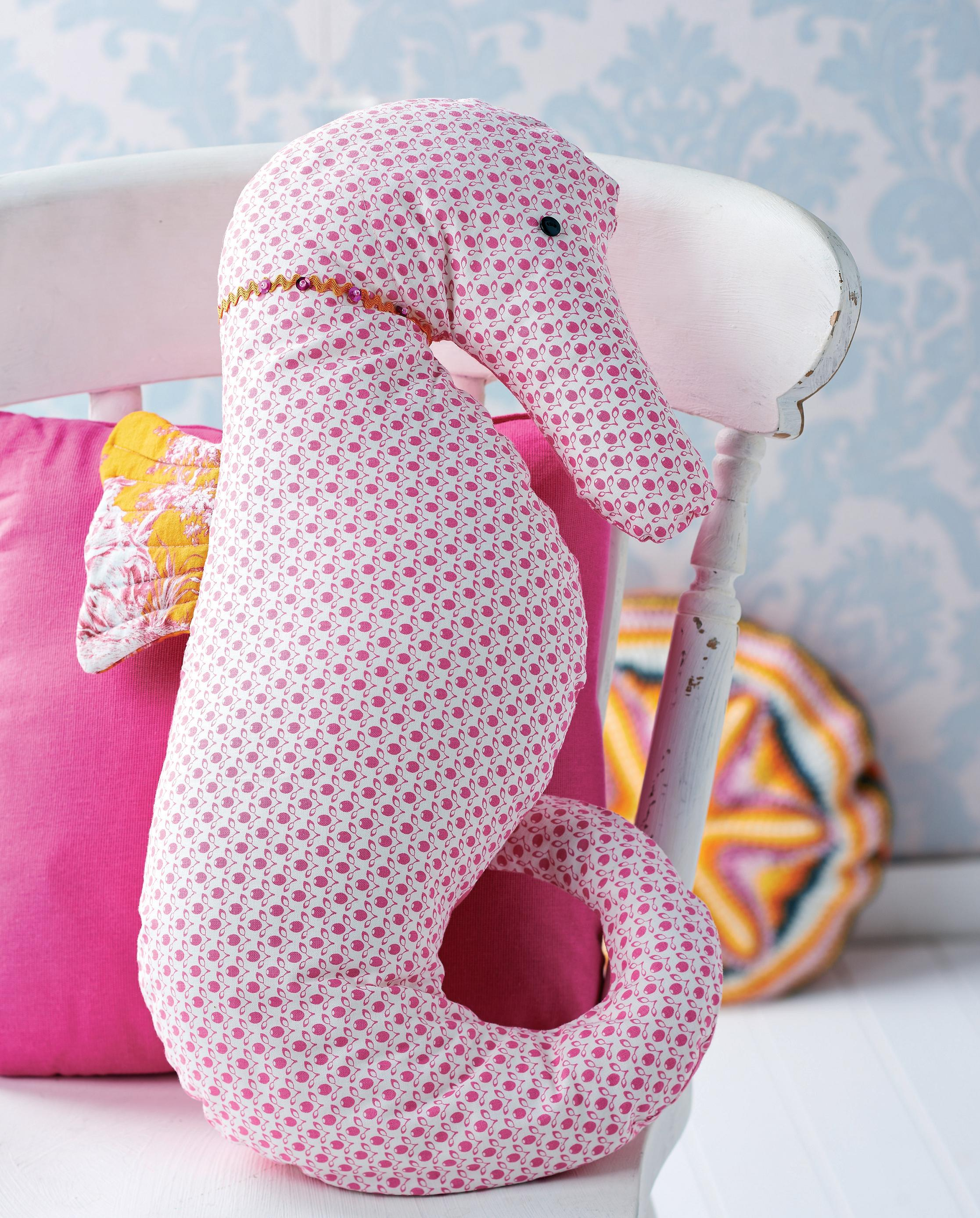 Seahorse cushion and hanging decoration free sewing patterns seahorse cushion and hanging decoration free sewing patterns sew magazine bankloansurffo Image collections