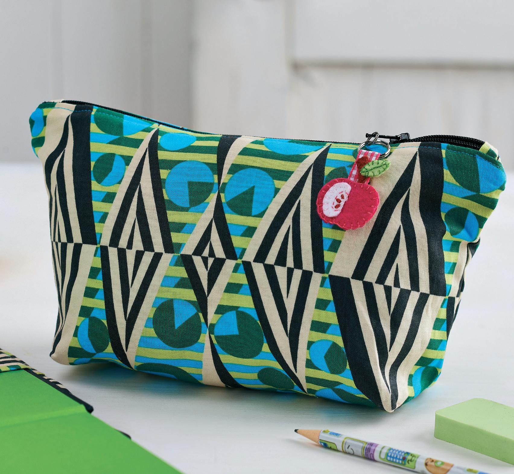 Teacher S Notebook And Pencil Pouch Free Sewing Patterns